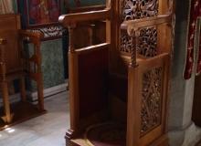 9 Архијерејски тронови