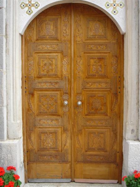 3 Vrata
